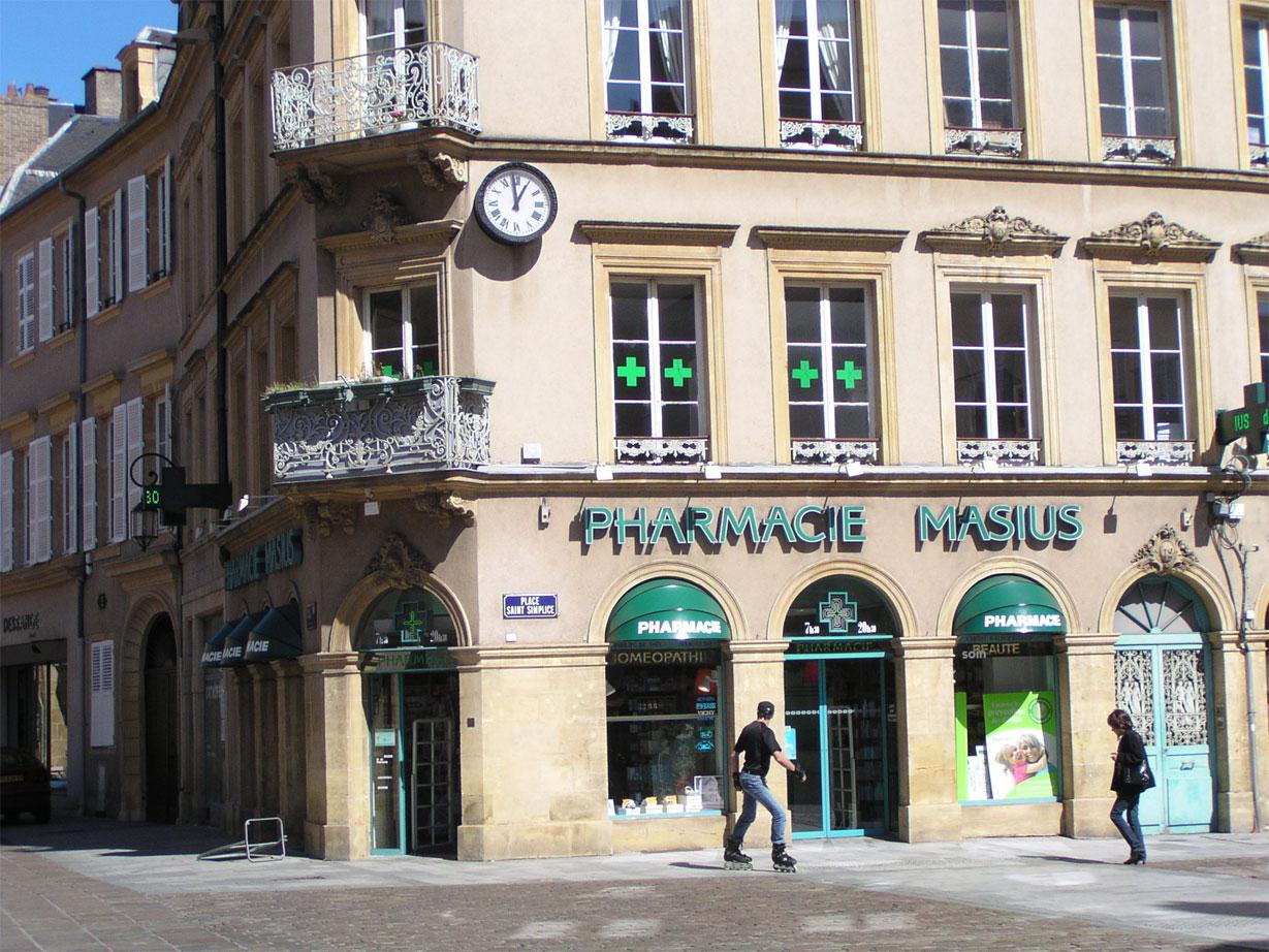Hotel Ibis Gare Du Nord Parigi