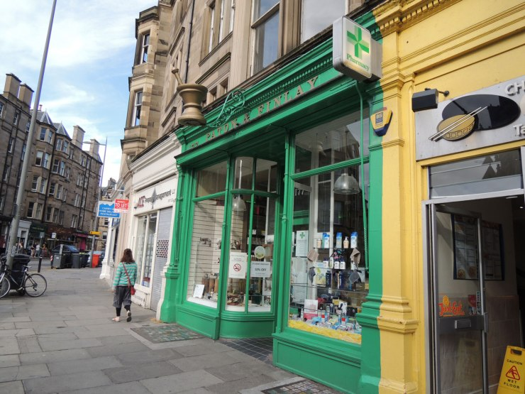 apotheke-bruntsfield-3