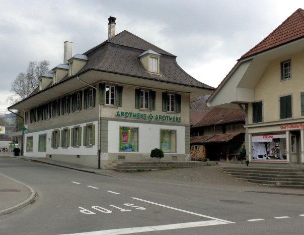 Apotheke-Oberdiessbach-1
