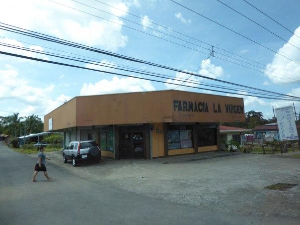 Costa-Rica-zwischen-Sarapiqui-und-La-Fortuna